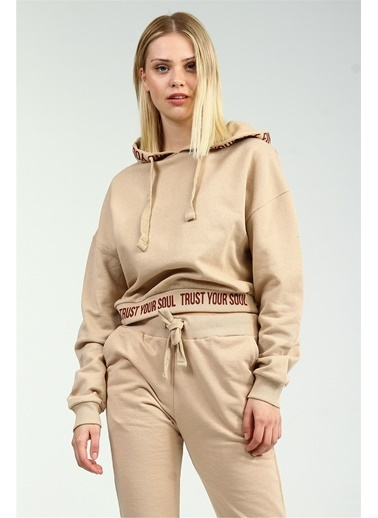 Collezione Collezione Bel Yazı Detaylı Kapüşonlu Crop  Kadın Sweatshirt Camel